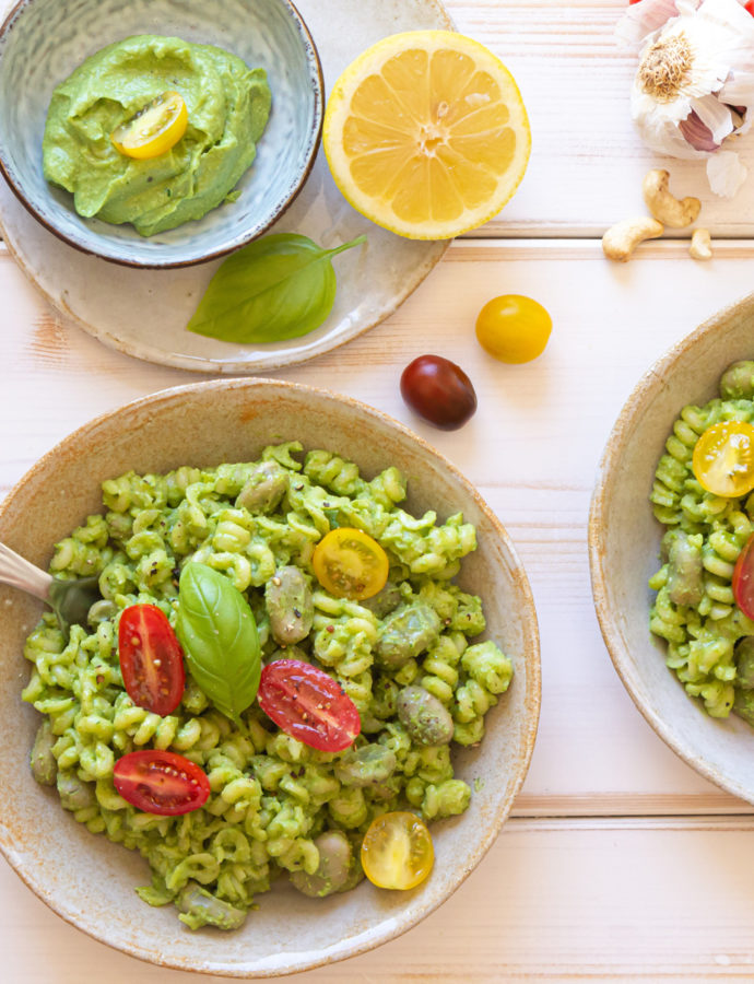Power Greens Pesto con Aguacate